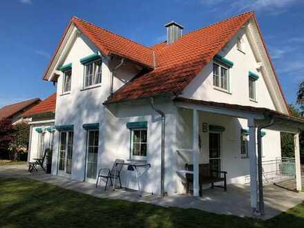 Ein echtes Traumhaus mit herrlichem Garten in Ortsrandlage!