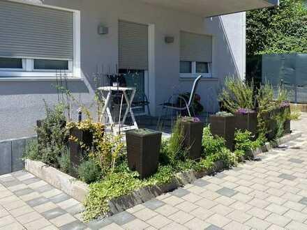 Exklusive, neuwertige 2-Zimmer-Erdgeschosswohnung mit Terrasse und Einbauküche in Otzberg