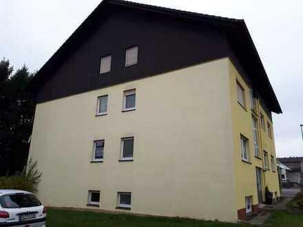 3 Zimmer-Küche-Bad-Diele-Stellplatz-Balkon Wohnung in Weilerbach