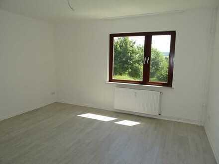 Teilsanierte 3-Zimmer-Erdgeschosswohnung in Höxter!