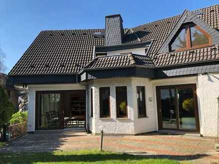 Schönes, geräumiges Haus mit 4,5 Zimmern in Mainz, Hechtsheim