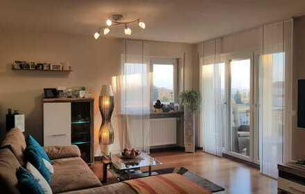 3-Zimmer-Wohnung mit traumhaften Ausblick, Balkon & EBK, Gaimersheim
