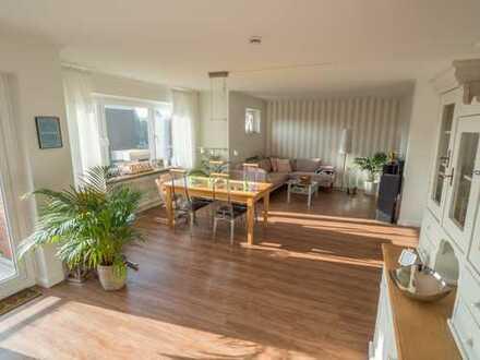 Wunderschöne 4-Zimmer-Wohnung in zentraler Poppenbütteler Lage