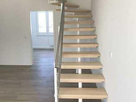 neu sanierte Maisonette mit 2 Balkonen und Aufzug