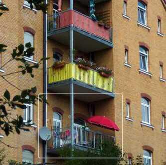 Gepflegte 3-Zimmer-Wohnung mit Balkon und EBK in Plauen