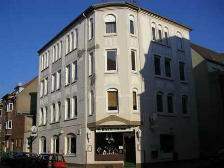 Rendite, Rendite! Mehrfamilienhaus (7 Einheiten)+Hintergebäude +Baulücke in NMS-Faldera. zentrumsnah