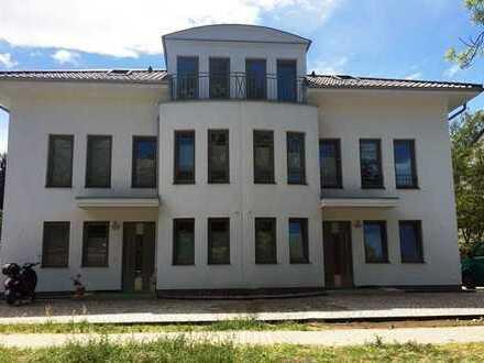 Neubau-Erstbezug: Exklusive Doppelhaushälfte in Heiligensee