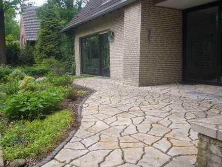 Die besondere Immobilie - Ein-bis Zweifamilienhaus in idyllischer Lage