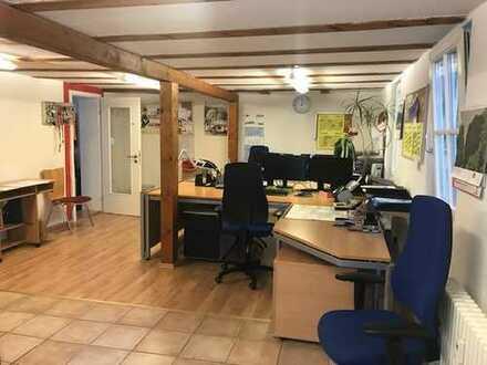 Geräumige 1-Zimmer-Wohnung zur Miete in Titisee-Neustadt
