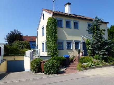 sehr schöne geräumige Villa mit fünf Zimmern in Augsburg (Kreis), Bobingen