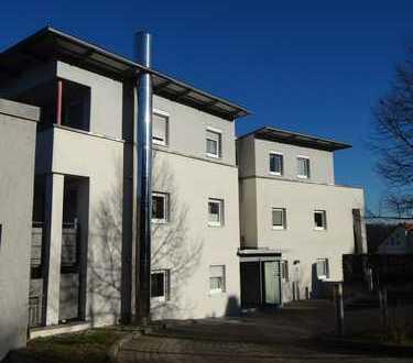 S-Botnang, Kullenberg: 2-Zi-Penthaus mit toller West-Terrasse - ideal für anspruchsvollen Ruhestand