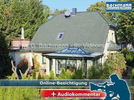 Petershagen-Eggersdorf: Zauberhaftes Einfamilienhaus mit 4 Zimmern, Charme & Stil - UWE G. BACHMANN