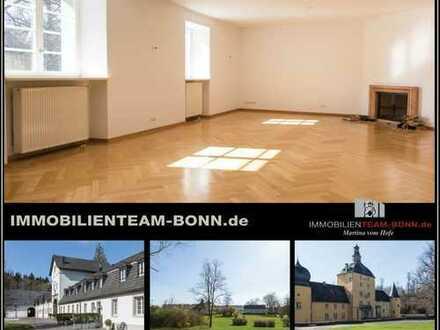 Traumhaft Leben in historischer Vorburg der Burg Gudenau