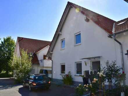 Schöne, helle 2-ZKB Whg. (2 Parteien-Haus) in Erbach, zentral und ruhig gelegen