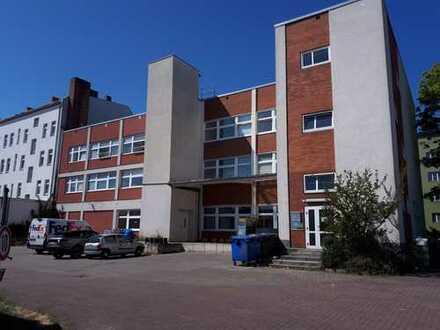 !!! ca. 1.000 qm Lager-Service-Bürofläche auf 3 Etagen in Berlin-Schöneberg !!!