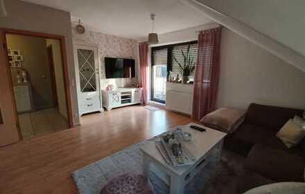 Günstige 2-Zimmer-Dachgeschosswohnung mit Balkon und Einbauküche in Dorsten