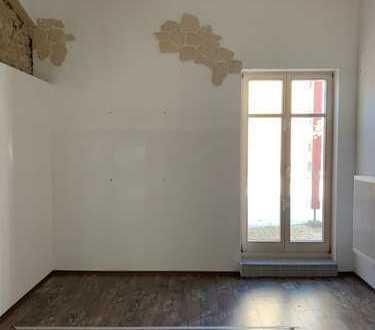 schöne 2 Zimmerwohnung mit Terrasse