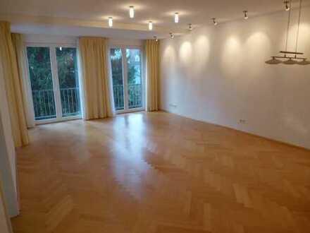 Ansprechende 3-Zimmer-Wohnung mit Balkon und Einbauküche am Schlossplatz in Wolfenbüttel