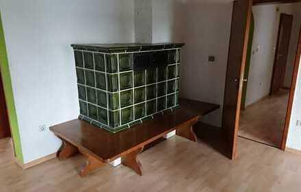 Gepflegte 4-Zimmer-EG-Wohnung mit Balkon in Marloffstein