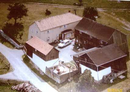 Schöner Vierseitenhof mit großem Grundstück / viel Platz für die Familie in Ruderitz bei Weischlitz