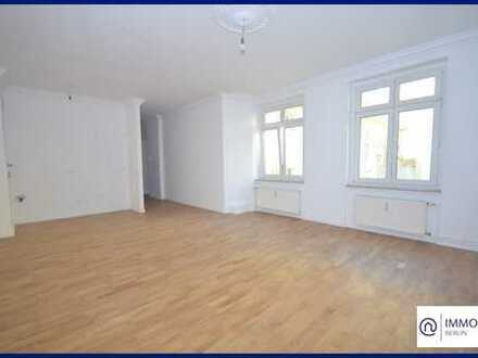 Mitten in Mitte - Moderne 1-Zi-AB Wohnung an der Spree