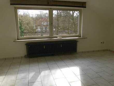Gepflegte 2-Zimmer-Wohnung mit EBK in Dortmund-Brackel