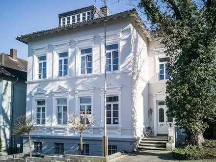 Büroetage am Amtsgericht im Jugendstil mit eigenem Eingang + Terrasse
