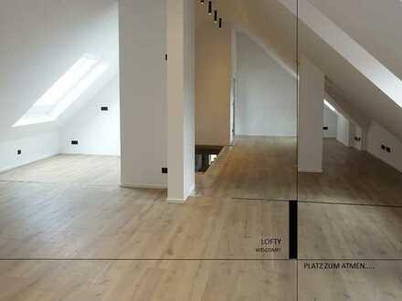 Erstbezug: Einzigartige 1-Zimmer-Loft-Wohnung mit Balkon 10 Min. von der alten Mainbrücke