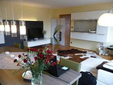 Gepflegte 3-Zimmer-Wohnung mit Tiefgarage und Einbauküche in Kaufbeuren