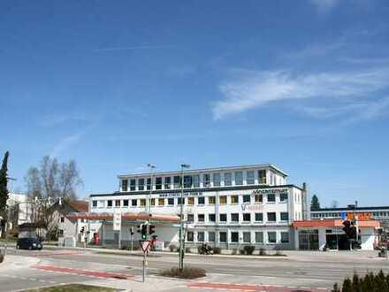 Provisionsfrei für den Mieter: Praxis-/Büroflächen mit Parkplätzen