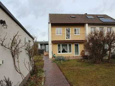 Doppelhaushälfte in Neusäß