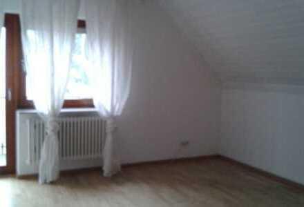 Vollständig renovierte 3-Zimmer-Wohnung mit Balkon in Durmersheim