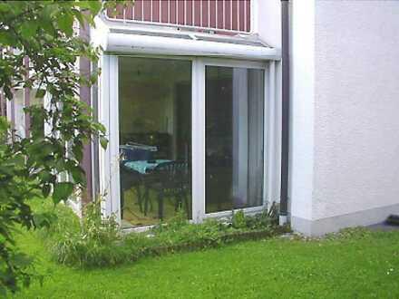 Für Kapitalanleger, gepflegte, barrierefreie 2-ZKB mit Wintergarten und Gartenanteil Königsbrunn