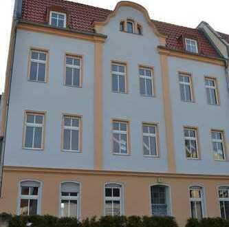 Sanierte Dachgeschoss-Wohnung!