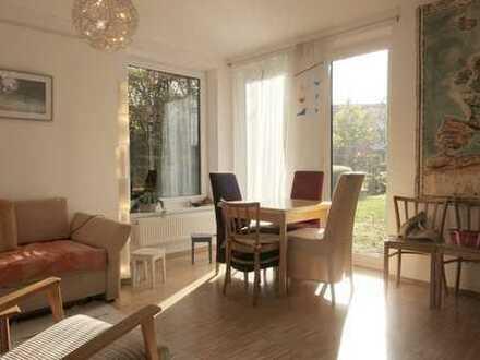 Lindenbogen - attraktive 2 Zimmer mit Parkett und großer Terrasse