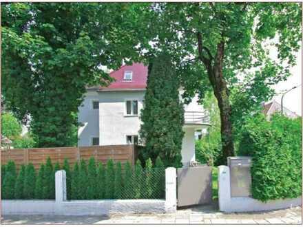 Schöne 4-Zimmer-Doppelhaushälfte mit Einbauküche in Harlaching, München befristet zu vermieten