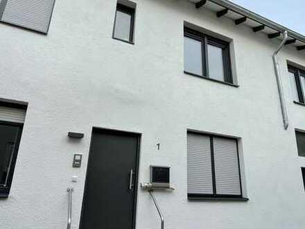 Modernes Einfamilienhaus in Gau-Algesheim zur Miete