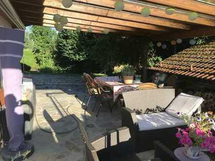 Sonnige helle 4-Zi.-EG-Wohnung mit SW-Terrasse und Garten zum Erholen