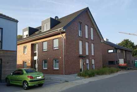 Exlusive, neuwertige Wohnung in Laxten! Großzügige 3 ZKB mit Balkon - Zur Laake