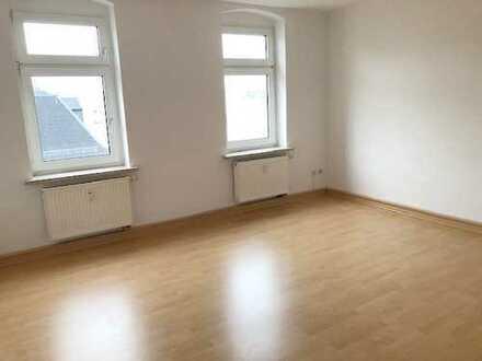 Deine neue Wohnung! Lichtdurchflutete 2-Raumwohnung