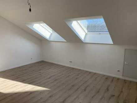 Erstbezug nach Modernisierung in ruhiger Wohnlage; 4-Zimmer-Maisonette-Wohnung in Ilvesheim