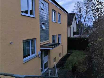 Gemütliche, vollständig renovierte 1,5-Zimmer-Dachgeschosswohnung in ruhiger Lage