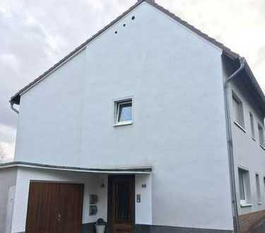 Frisch renovierte 3-Zimmer Wohnung mit sonnigem Balkon