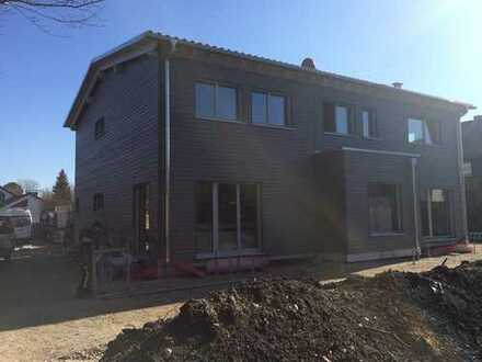 Neubau**Erstbezug**, BAUFRITZ-Haus, DHH f. Familie, unterkellert mit Garten
