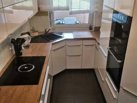 Exklusive, vollständig renovierte 3-Zimmer-Wohnung mit Balkon und Einbauküche in Öhringen