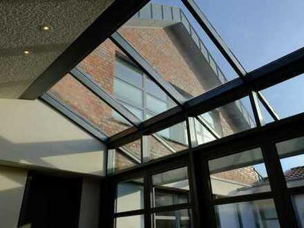 Exklusives Architektenhaus mit Atrium/Innenhof - von Privat