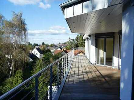 Penthouse-Wohnung mit großer Terrasse , gehobene Ausstattung