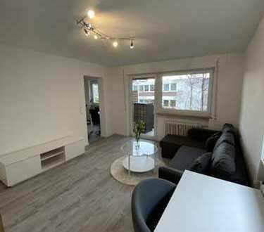 Helle, möblierte 1,5 Zimmer Wohnung mit Terrasse, sehr gute öffentliche Anbindung