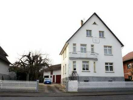 1-2 Familienhaus in Allendorf-Climbach mit großem Garten und 2 Garagen !