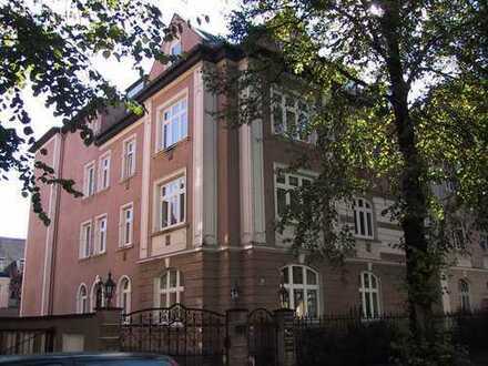 2 Büroräume in einem schönen Jugendstilhaus in Nymphenburg im Souterrain